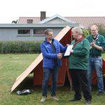Poul Pedersen overrrækker Jutlander Banks gave